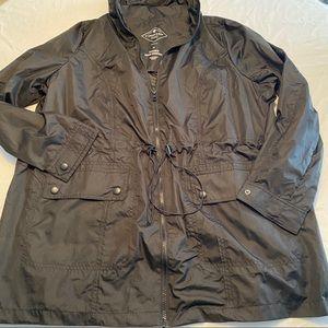 St John's Bay Packable Jacket 1x NWT $60 Black